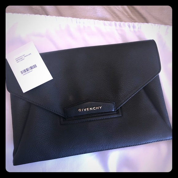 6f33ced92a Givenchy Handbags - Givenchy Antigona Clutch.